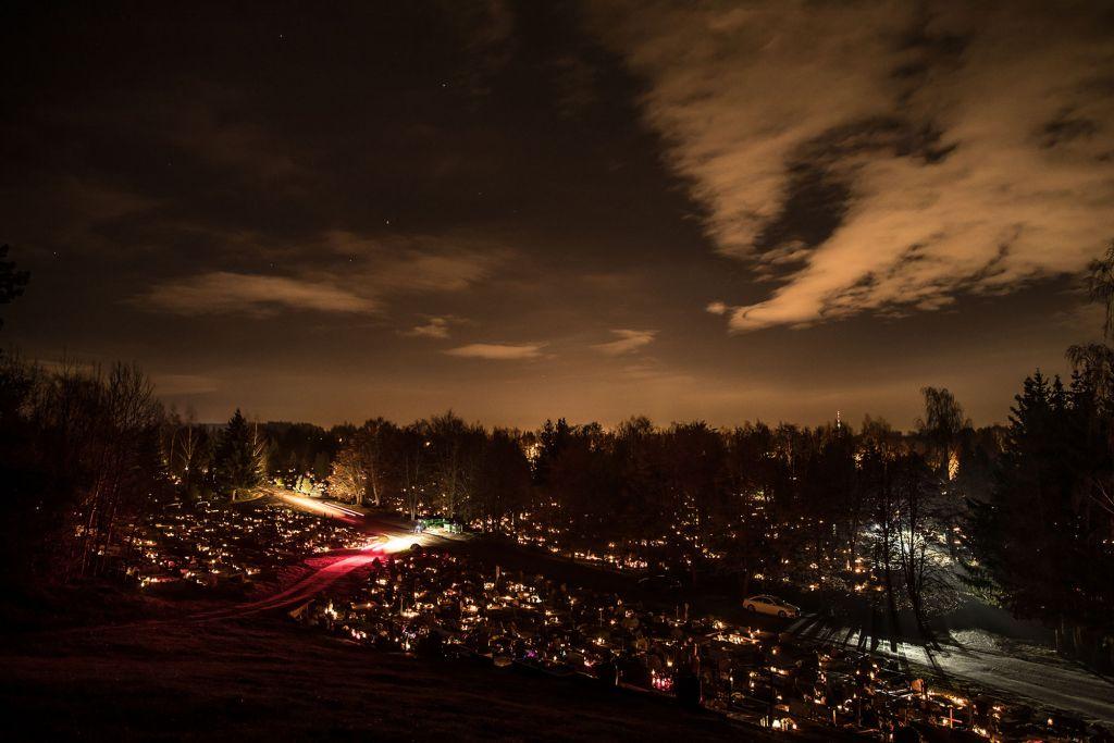 Naktinės kapinės