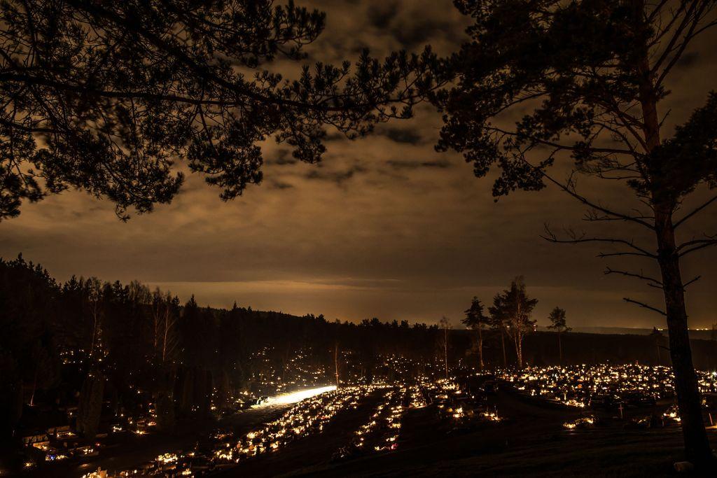 Karveliškės naktį